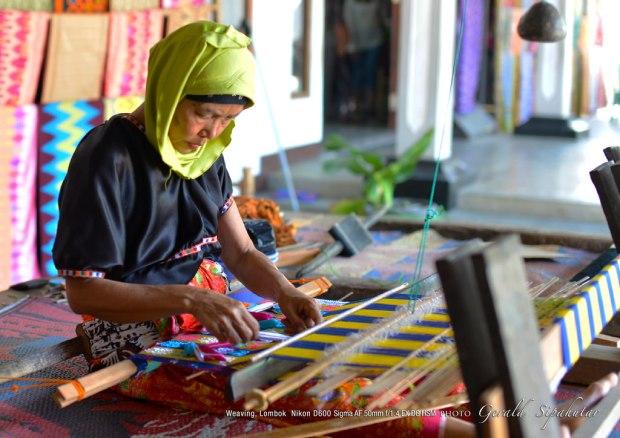 Ragam Kain Tenun Adat Indonesia Budaya Adiluhung Nusantara 3