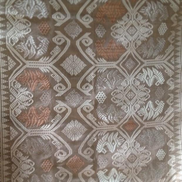 Kain Songket Benang Bali Perak